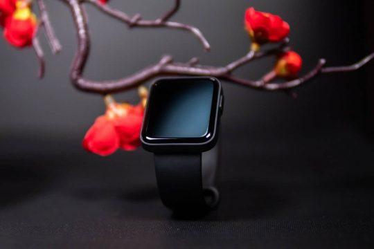 Опубліковано живі зображення смарт-годинника Redmi Watch