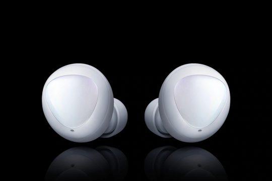 Samsung готується представити абсолютно нові бездротові навушники