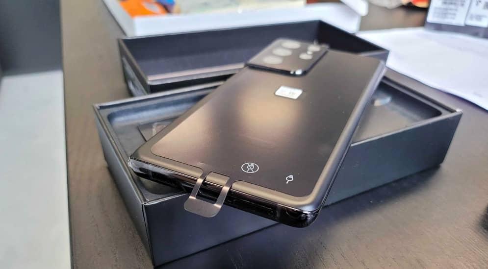 Дорогущий флагман Samsung надзвичайно легко зламати