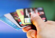 Українцям розповіли, чому необхідно повернути в банк свою стару кредитну картку