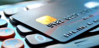 Названо причини, чому не можна стирати CVV-код на банківській карті